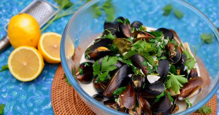 mussels coconut lemongrass broth